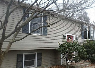 Foreclosed Home in Woonsocket 02895 SUMMER ST - Property ID: 3520910796