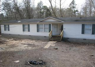 Foreclosed Home in Powell 37849 PARADISE DR - Property ID: 3524025208