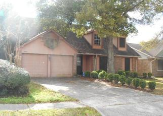Foreclosed Home in League City 77573 HICKORY LIMB CT - Property ID: 3565013905