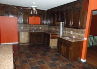 Foreclosed Home in Center Point 35215 APPLEWOOD DR - Property ID: 3569222831