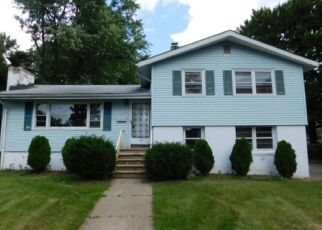 Foreclosed Home in Succasunna 07876 E MAPLE AVE - Property ID: 3583207781