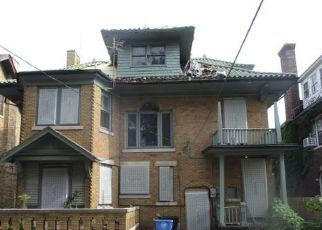 Foreclosed Home in Detroit 48206 W BOSTON BLVD - Property ID: 3585386245