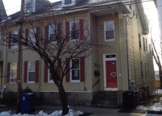 Foreclosed Home in Salem 01970 1/2 MASON ST - Property ID: 3586747924