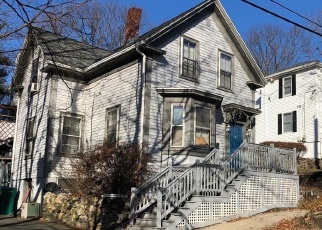 Foreclosed Home in Lynn 01904 WOODLAWN ST - Property ID: 3586759296