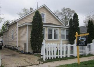 Foreclosed Home in Aurora 60505 PLAIN AVE - Property ID: 3595581859