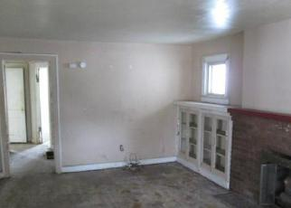 Foreclosed Home in Indianapolis 46201 N PARKER AVE - Property ID: 3626866325