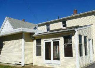 Foreclosed Home in Cranston 02920 GLADSTONE ST - Property ID: 3633072872
