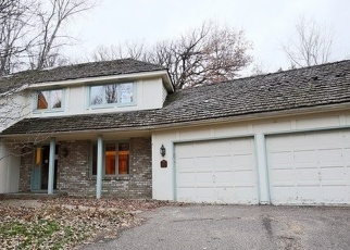 Foreclosed Home in Wayzata 55391 MINNEHAHA PL - Property ID: 3659338148