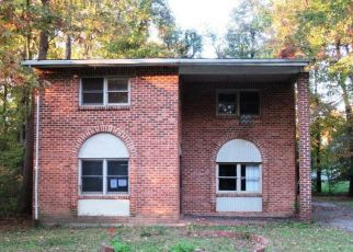 Foreclosed Home in Lanham 20706 FRANKLIN ST - Property ID: 3660312653
