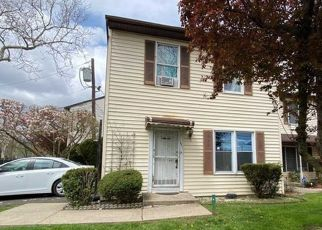 Foreclosed Home in Newark 07103 FAIRMOUNT AVE - Property ID: 3673141795