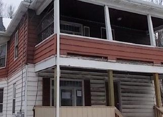 Foreclosed Home in Binghamton 13904 BROAD AVE - Property ID: 3676052115