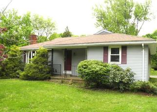 Foreclosed Home in Middletown 06457 RIDGEWOOD RD - Property ID: 3685916167