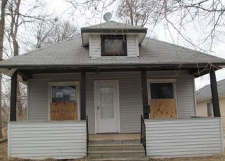 Foreclosed Home in Pontiac 48341 CENTRAL AVE - Property ID: 3686021735