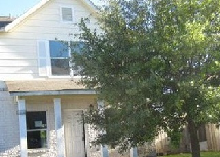 Foreclosed Home in San Antonio 78228 LANDERS FARM - Property ID: 3690261755