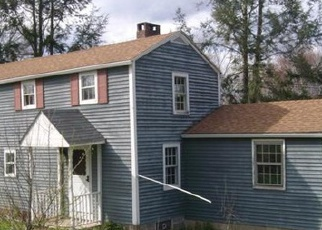 Foreclosed Home in Woodbury 06798 WHITE DEER ROCKS RD - Property ID: 3715036631