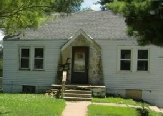 Foreclosed Home in Omaha 68111 MEREDITH AVE - Property ID: 3736506104