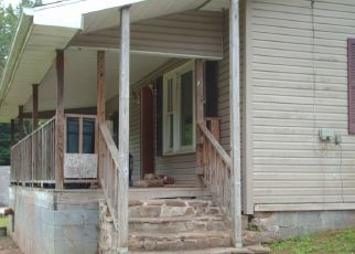 Foreclosed Home in Miracle 40856 CROSS LN - Property ID: 3742954401