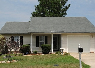 Foreclosed Home in Hope Mills 28348 CRUSADER DR - Property ID: 3745819632