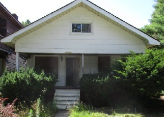 Foreclosed Home in Highland Park 48203 HULL ST - Property ID: 3763906198