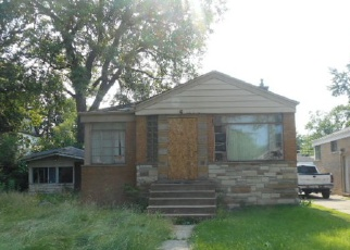 Foreclosed Home in Dolton 60419 DOBSON AVE - Property ID: 3770743859