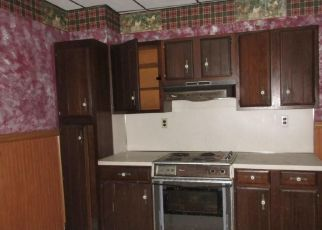 Foreclosed Home in Mount Carmel 17851 W 7TH ST - Property ID: 3811103147