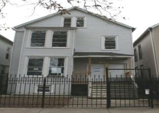 Foreclosed Home in Chicago 60647 N SAWYER AVE - Property ID: 3816769672