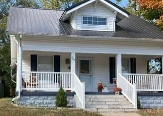 Foreclosed Home in Paris 61944 S MONTEREY ST - Property ID: 3868592501