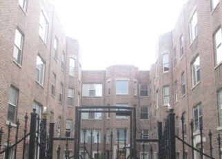 Foreclosed Home in Chicago 60649 S ESSEX AVE - Property ID: 3878120180