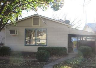 Foreclosed Home in Newton 67114 SE 5TH ST - Property ID: 3884153268