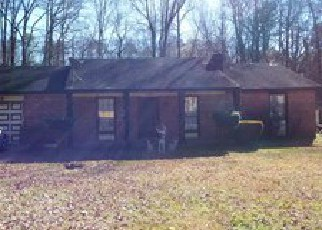 Foreclosed Home in Lithonia 30038 SAXONY WAY - Property ID: 3885010838