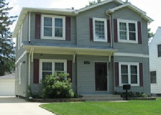 Foreclosed Home in Franklin Park 60131 SILVER CREEK DR - Property ID: 3893484764