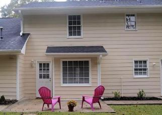 Foreclosed Home in Fayetteville 30214 FOREST HALL LN - Property ID: 3923247719
