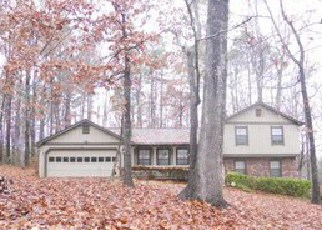 Foreclosed Home in Stone Mountain 30087 PINEBURR LN - Property ID: 3926332362