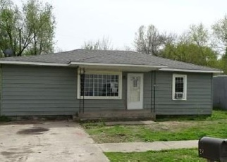 Foreclosed Home in Wyandotte 74370 E BROADWAY - Property ID: 3942613162