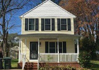 Foreclosed Home in Hampton 23661 PIEDMONT AVE - Property ID: 3943307808