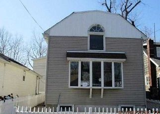 Foreclosed Home in Bronx 10465 POPLAR AVE - Property ID: 3945686879