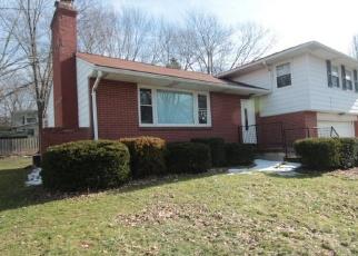 Foreclosed Home in Warren 44484 NILES CORTLAND RD NE - Property ID: 3951418641