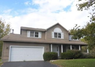 Foreclosed Home in Baldwinsville 13027 FOXWOOD DR - Property ID: 3967898732