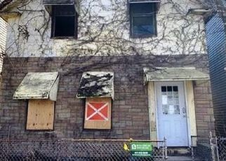 Foreclosed Home in Chelsea 02150 BROADWAY - Property ID: 3980379675