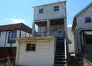 Foreclosed Home in Clairton 15025 3RD ST - Property ID: 3989266603