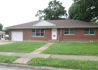 Foreclosed Home in Sparta 62286 E MAIN ST - Property ID: 3991013235
