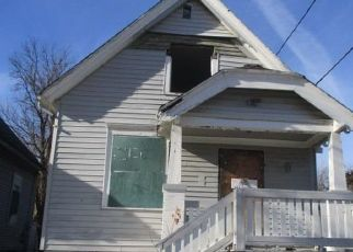 Foreclosed Home in Milwaukee 53206 N 19TH ST - Property ID: 4009080995