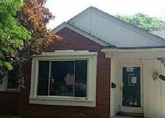 Foreclosed Home in Dearborn Heights 48127 HAZELTON ST - Property ID: 4015833668