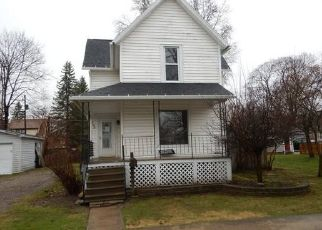 Foreclosed Home in Kendallville 46755 RICHMOND ST - Property ID: 4029134946