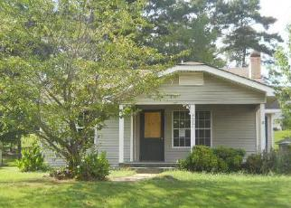Foreclosed Home in Gadsden 35901 US HIGHWAY 411 - Property ID: 4039671718