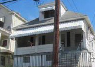 Foreclosed Home in Mc Kees Rocks 15136 WOODWARD AVE - Property ID: 4044515710