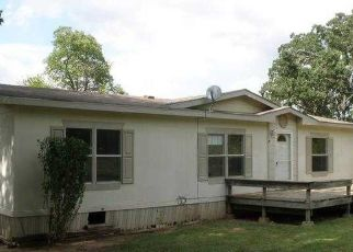 Foreclosed Home in Tahlequah 74464 W WHITLEY RD - Property ID: 4047128664