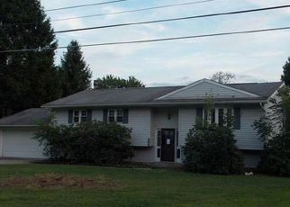 Foreclosed Home in Conneaut Lake 16316 WALNUT DR - Property ID: 4047194350