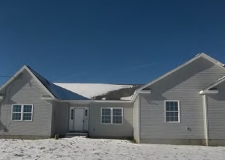 Foreclosed Home in Middletown 02842 MITCHELLS LN - Property ID: 4047212308
