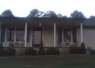 Foreclosed Home in Bristol 37620 CARDEN HOLLOW RD - Property ID: 4062529575